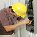 Dal Censis: ci sono molte case con impianti elettrici non a norma!