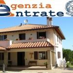 Monti studia altre tasse sulla casa, pronta riforma del catasto