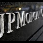 JP Morgan perde 2,3 miliardi in derivati. Allarme mercati
