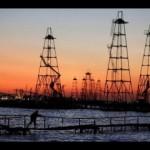 Petrolio ancora in calo, ai minimi da dicembre 2010
