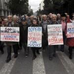 Grecia alza età pensionabile a 67 anni. Si cerca accordo con Troika