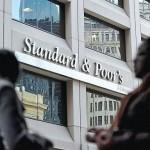 S&P declassa Spagna a BBB-. Preoccupano recessione e conti pubblici