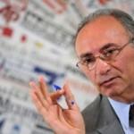 """Intesa e Unicredit smentiscono fusione: """"ipotesi oltre limiti fantasia"""""""