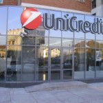 Unicredit, BlackRock sale al 5,036%. Titolo in rialzo