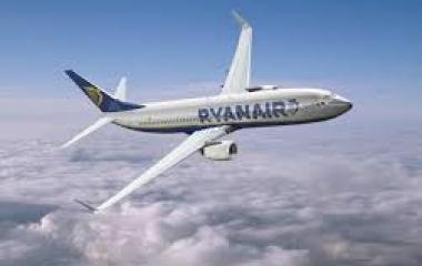 Ryanair cambia strategia: più attenti e gentili con passeggeri