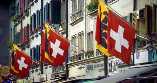 Svizzera aumenta tasse dell'1% su redditi oltre 250 mila euro