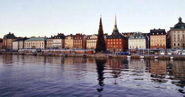 Scandinavia rischia di saltare su debito privato. Monito di Paul Krugman