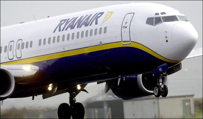 Ryanair lascia tratta Roma-Milano, vincono treni veloci