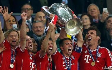 Mediaset vince diritti Champions League. Sky interessata al Biscione