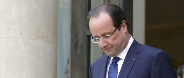 Hollande blocca chiusura grandi fabbriche con legge Florange
